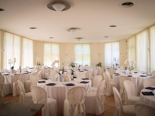 Il matrimonio di Lorenzo e Roberta a Santo Stefano Ticino, Milano 23