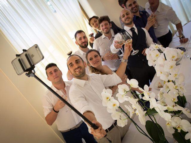Il matrimonio di Lorenzo e Roberta a Santo Stefano Ticino, Milano 26