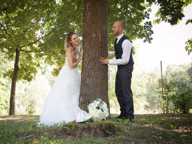 Il matrimonio di Lorenzo e Roberta a Santo Stefano Ticino, Milano 30