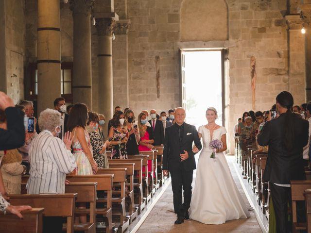 Il matrimonio di Simone e Silvia a Pistoia, Pistoia 12
