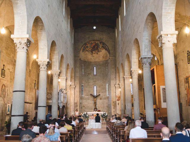 Il matrimonio di Simone e Silvia a Pistoia, Pistoia 14