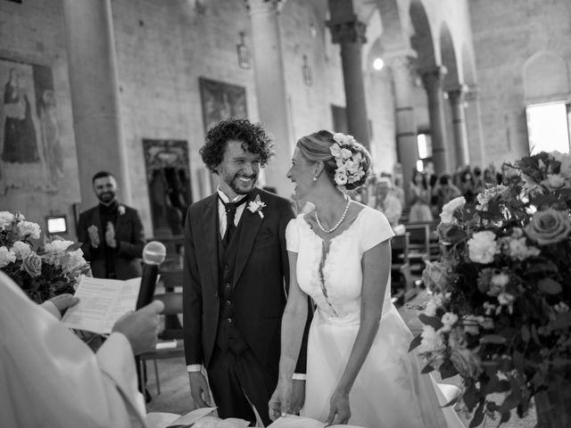 Il matrimonio di Simone e Silvia a Pistoia, Pistoia 16