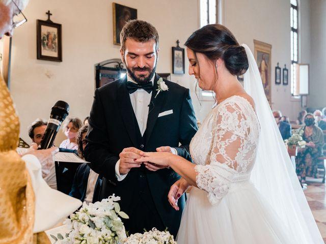 Il matrimonio di Enrico e Lisa a Santo Stino di Livenza, Venezia 22