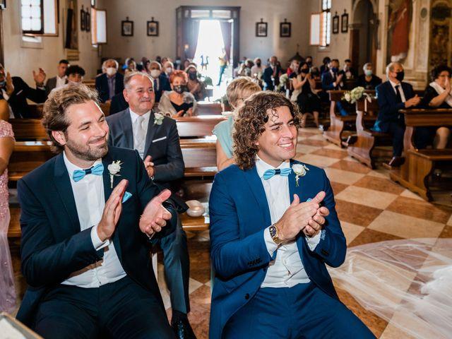 Il matrimonio di Enrico e Lisa a Santo Stino di Livenza, Venezia 24