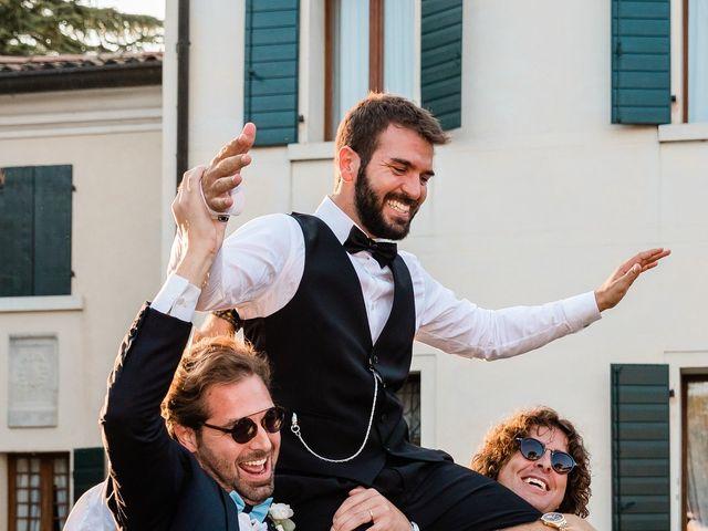 Il matrimonio di Enrico e Lisa a Santo Stino di Livenza, Venezia 38