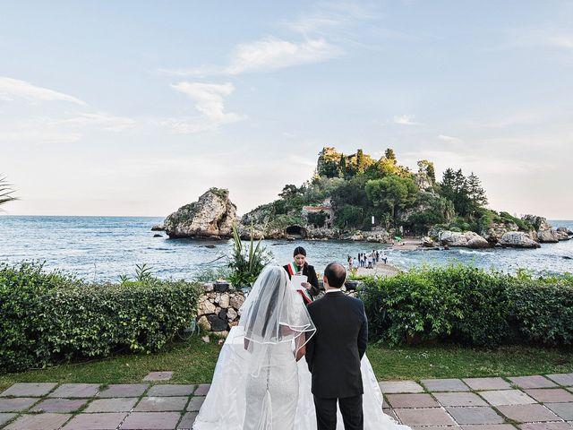 Il matrimonio di Alessandro e Jackie a Taormina, Messina 9