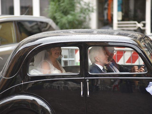 Il matrimonio di Xhensil e Valeria a Pontedera, Pisa 8
