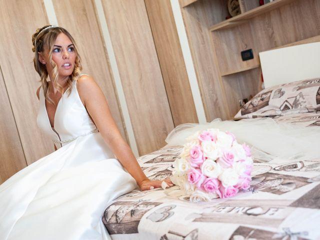 Il matrimonio di Mirko e Valentina a Robecco sul Naviglio, Milano 14