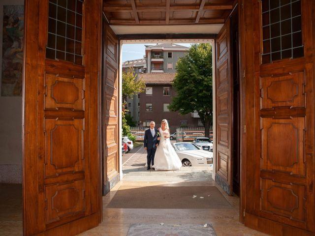 Il matrimonio di Mirko e Valentina a Robecco sul Naviglio, Milano 24