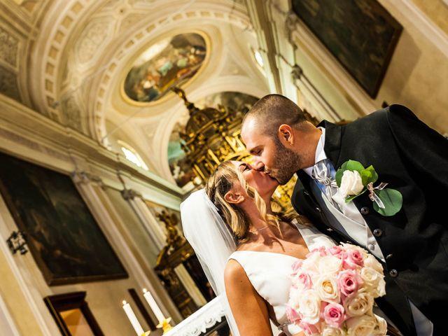 Il matrimonio di Mirko e Valentina a Robecco sul Naviglio, Milano 32