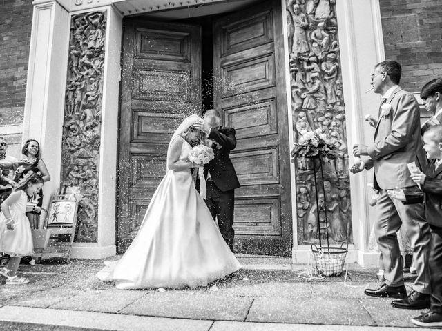Il matrimonio di Mirko e Valentina a Robecco sul Naviglio, Milano 33