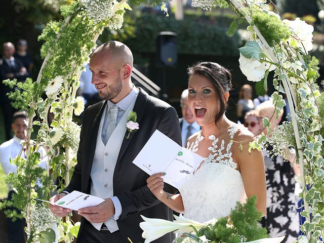Il matrimonio di Jacopo e Nicky a Angera, Varese 10