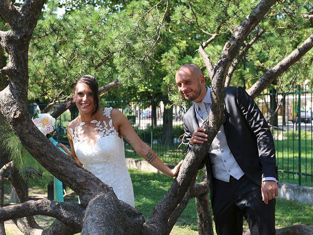 Il matrimonio di Jacopo e Nicky a Angera, Varese 17