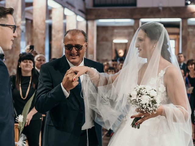 Il matrimonio di Roberto e Priscilla a San Giovanni Rotondo, Foggia 30