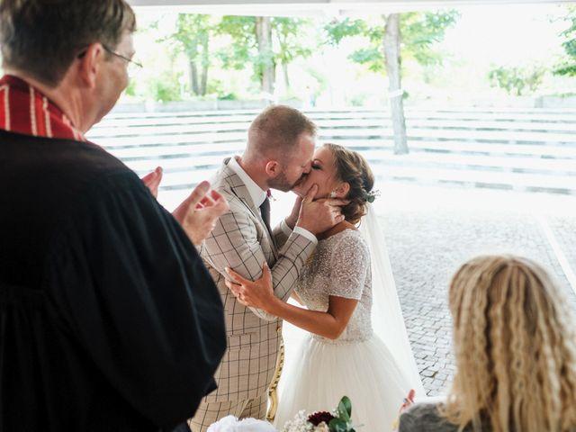 Il matrimonio di Dennis e Angelina a Albarella, Rovigo 35