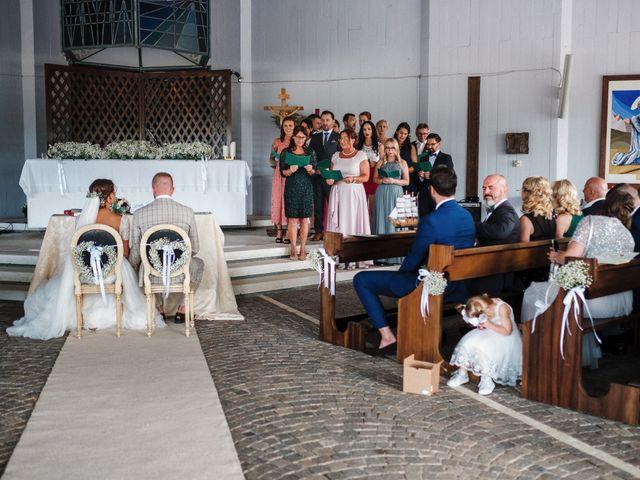 Il matrimonio di Dennis e Angelina a Albarella, Rovigo 37
