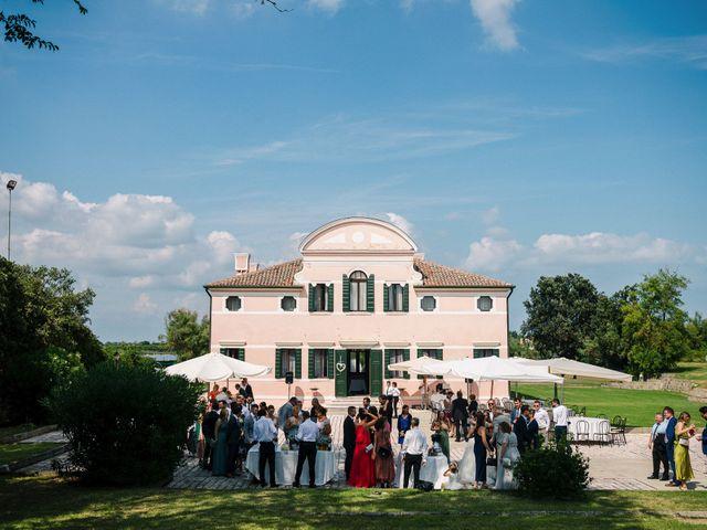 Il matrimonio di Dennis e Angelina a Albarella, Rovigo 56