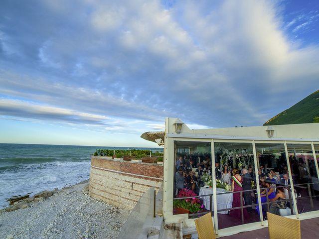 Il matrimonio di Cristian e Chiara a Ancona, Ancona 8
