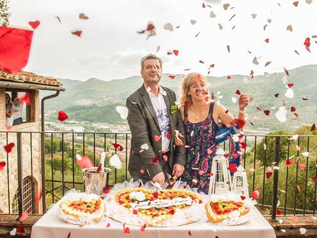 Il matrimonio di MAURIZIO e BARBARA a Vaiano, Prato 19