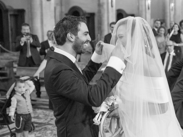 Il matrimonio di Ivana e Omar a Napoli, Napoli 15