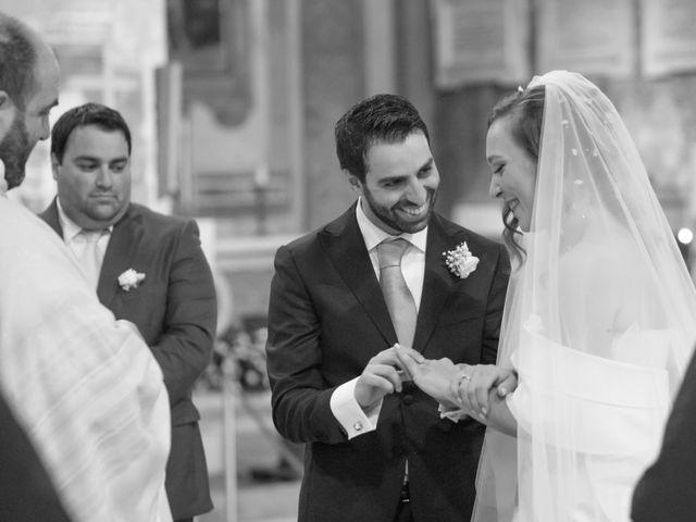 Il matrimonio di Ivana e Omar a Napoli, Napoli 17