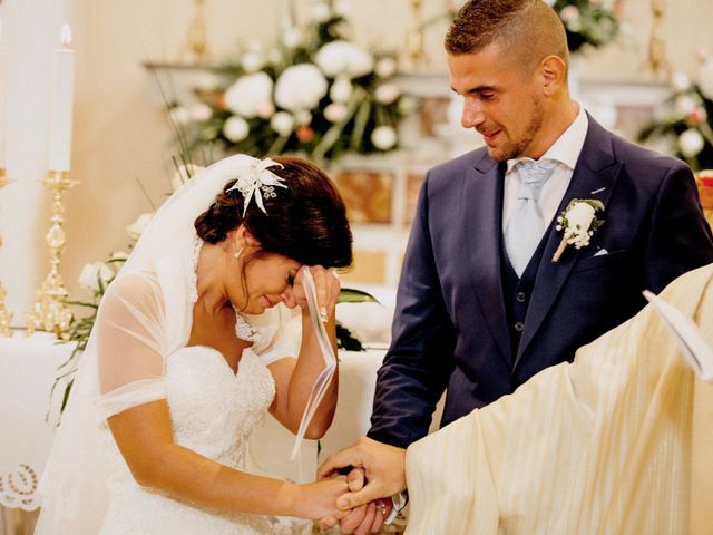 Il matrimonio di Laurent e Cristina a Rignano Garganico, Foggia 14