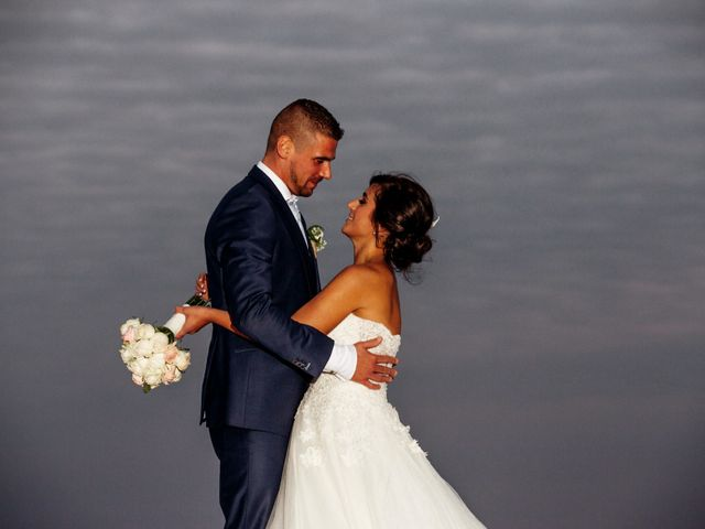 Il matrimonio di Laurent e Cristina a Rignano Garganico, Foggia 23