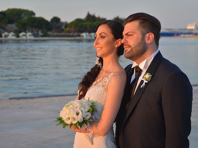 Il matrimonio di Carmelo  e Chiara  a Brindisi, Brindisi 37