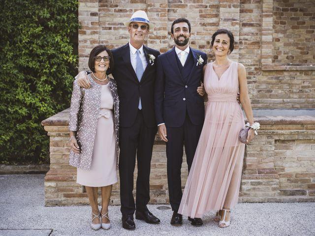 Il matrimonio di Mario e Ludia a Porto San Giorgio, Fermo 10