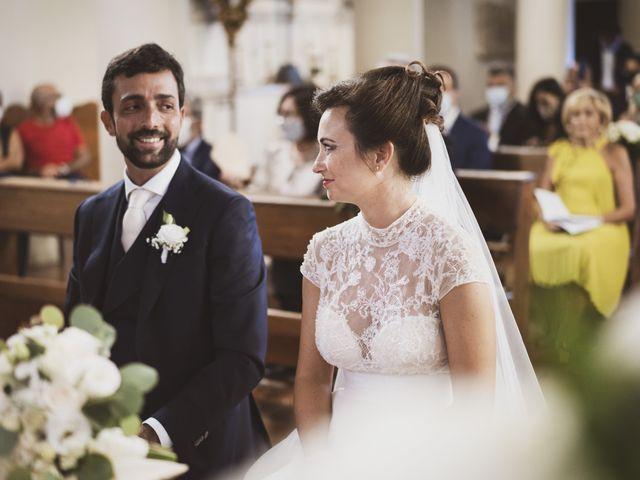 Il matrimonio di Mario e Ludia a Porto San Giorgio, Fermo 23