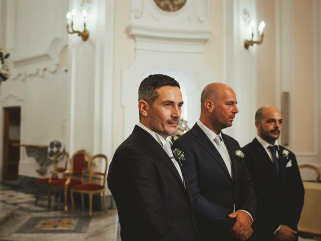 Il matrimonio di Raffaele e Giovanna a Pollena Trocchia, Napoli 32