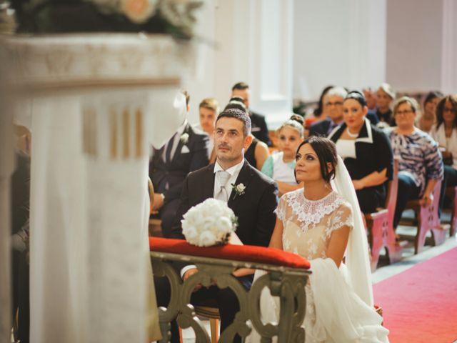 Il matrimonio di Raffaele e Giovanna a Pollena Trocchia, Napoli 36