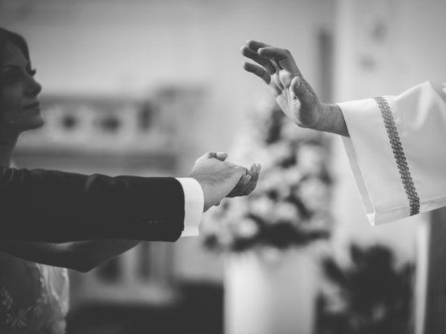 Il matrimonio di Raffaele e Giovanna a Pollena Trocchia, Napoli 37