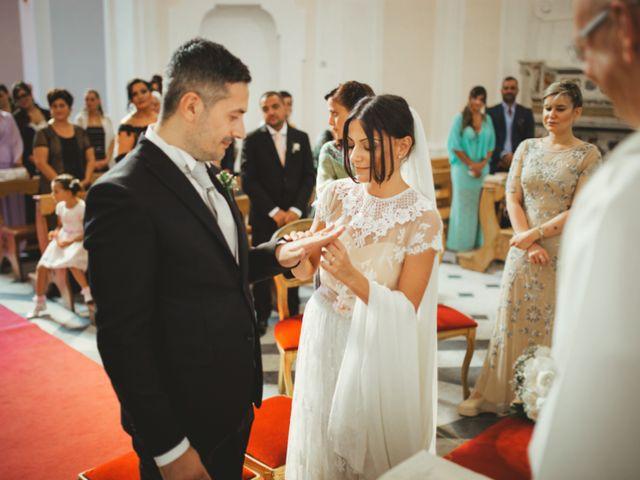 Il matrimonio di Raffaele e Giovanna a Pollena Trocchia, Napoli 38