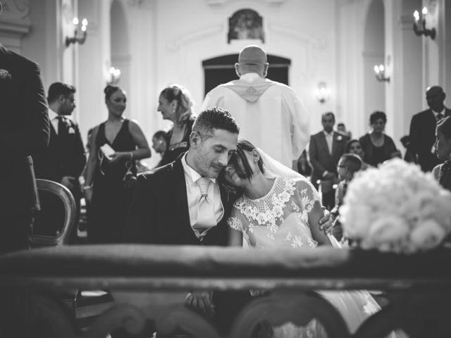 Il matrimonio di Raffaele e Giovanna a Pollena Trocchia, Napoli 42