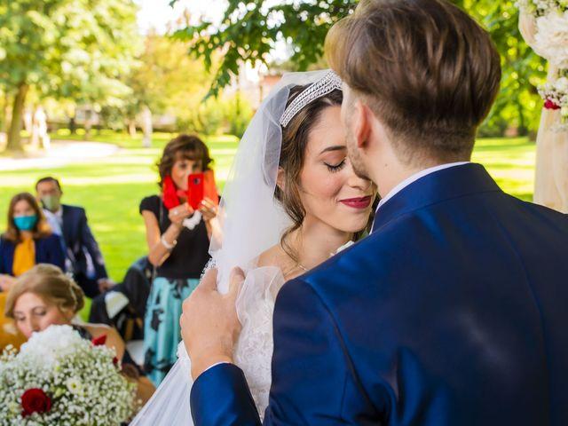 Il matrimonio di Matteo e Erica a Lesmo, Monza e Brianza 28