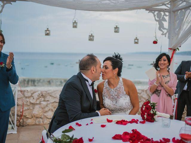 Il matrimonio di Roberto e Mirella a Lecce, Lecce 36
