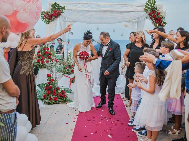Il matrimonio di Roberto e Mirella a Lecce, Lecce 40
