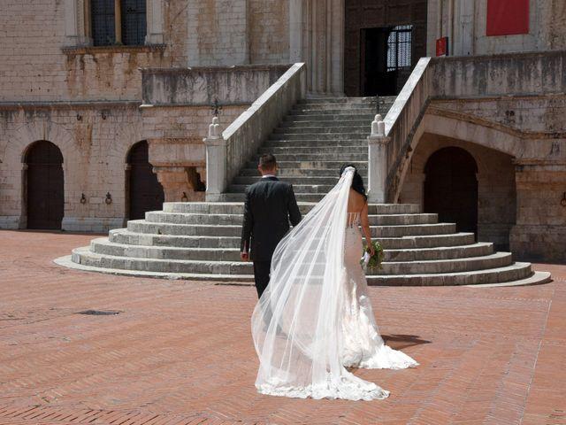 Il matrimonio di Antonio e Elisabetta a Gubbio, Perugia 32