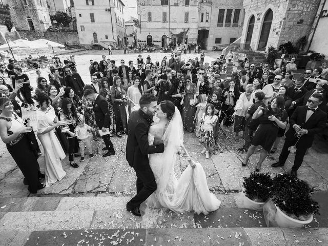 Il matrimonio di Enrico e Veronica a Terracina, Latina 20