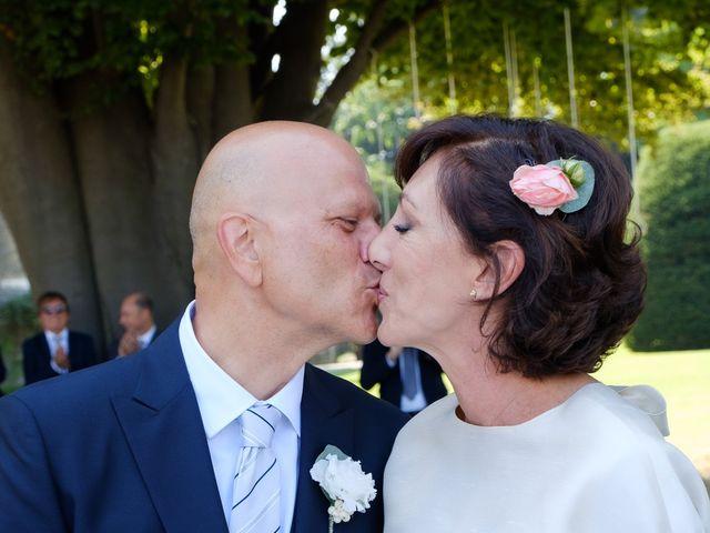 Il matrimonio di Marco e Elisabetta a Osasco, Torino 24