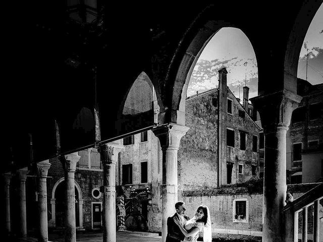 Il matrimonio di Verzan e Monica a Venezia, Venezia 41