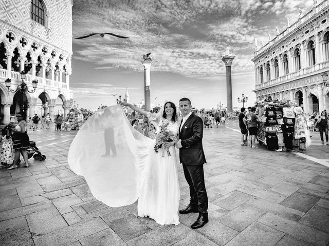 Il matrimonio di Verzan e Monica a Venezia, Venezia 66