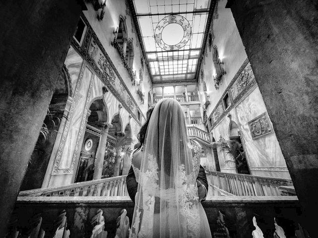Il matrimonio di Verzan e Monica a Venezia, Venezia 77