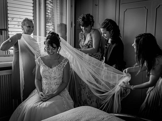 Il matrimonio di Mattia e Elisa a Brenta, Varese 15