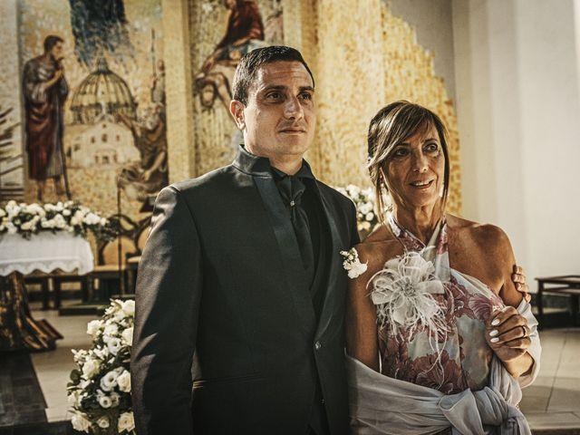 Il matrimonio di Costanza e Luca a Lamezia Terme, Catanzaro 24