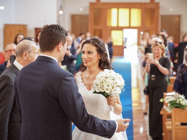 Il matrimonio di Ilenia e Enrico a Napoli, Napoli 15