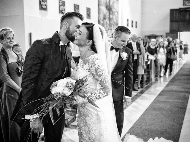 Il matrimonio di Mirko e Elisa a Massarosa, Lucca 26