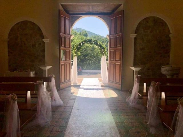 Il matrimonio di Antonio  e Pamela  a Crucoli, Crotone 13