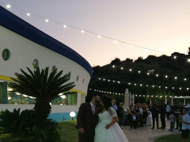 Il matrimonio di Antonio  e Pamela  a Crucoli, Crotone 16